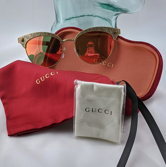 Auth. Gucci ornate sunset mirror shades